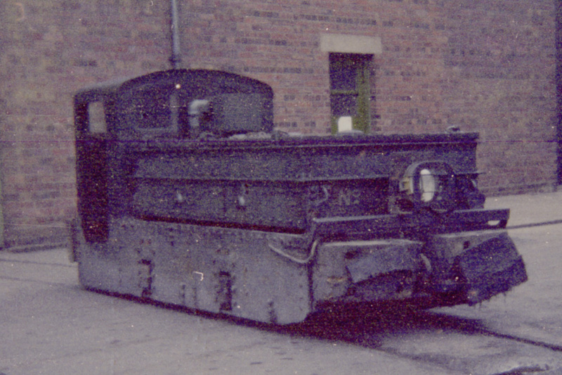 EEDK battery loco at CEGB Stourport