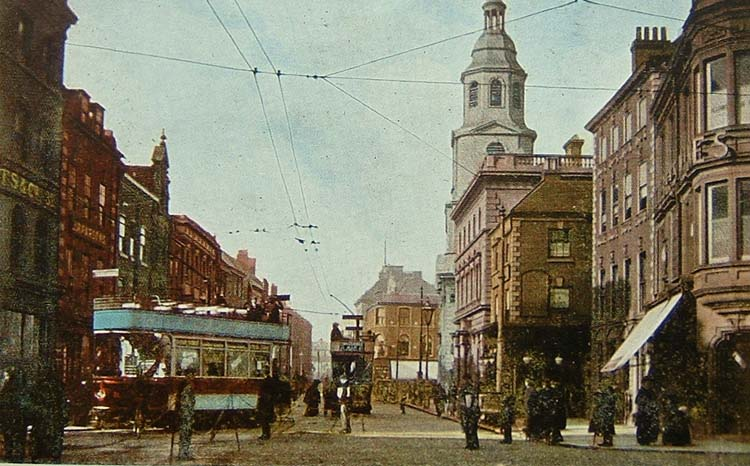 Trams at The Cross