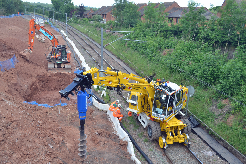 Van Elle Rail Piling Machine